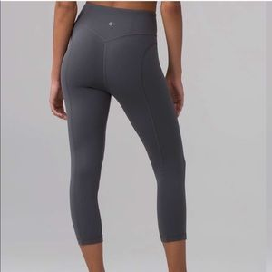 Lululemon pushing limits tights sz 4
